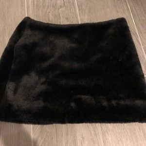 Forever 21 faux fur skirt